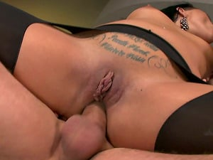 Sizzling Clair Brooks have wild Double penetration bang-out in a threesome movie