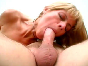 Skinny Blonde Mummy Rails That Stiff And Lengthy Manstick Before Facial cumshot