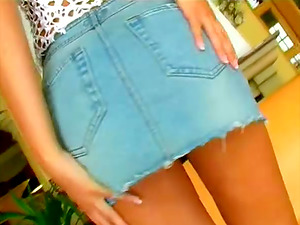 Flawless Rounded Donk Makes Her Look Sexy When She Takes Miniskirt