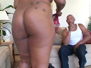 Beautiful Black BBW Sucking Hard Man rod And Fucking Doggystyle