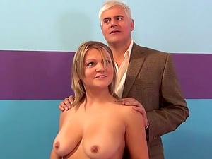 Ashley Reed gets her donk jizz covered after rough hook-up