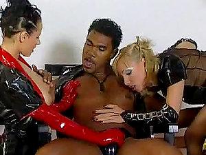 Black Dude With Two Chicks Loving His Black Jizz-shotgun