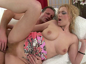 George Uhl loves fucking Anita Vixen's shaggy cunt from behind