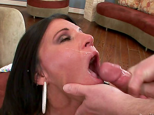 Hot Mummy Has Many Abilities But She is Best at Oral jobs