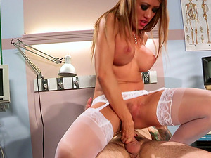 Buxom Nymphomaniac Nurse With Big Tits Gets Covered In Jizz