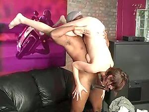 Nasty Hoe Providing Amazing Deeopthroat Oral job To Black Dude