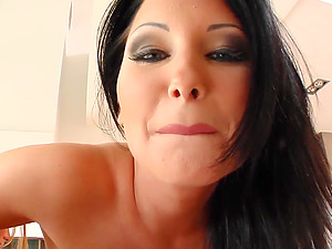 Suzie gets her oiled up vulva fisted by Belicia