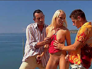 Lovely Blonde Tramp Diana Gold Outdoors Threesome