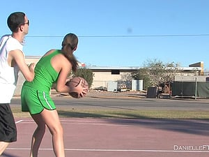 Sporty Honey Plays Basketball Without bra in Public