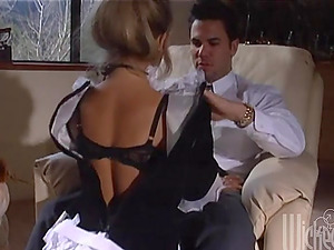 Sexy Maid Cleans Building and Gets Her Vulva Frigged