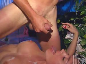 Buxom Cougar Fucked Missionary and Takes Jizz on Her tits