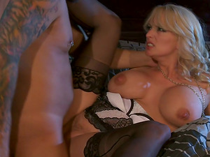 Supah Sexy Blonde Cougar gets Fucked! Big Tits Bounce Around!