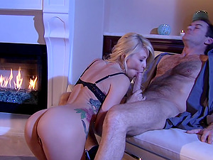 Curvy Honey Rails Jizz-shotgun Cowgirl Style After a Soiree Lets Out