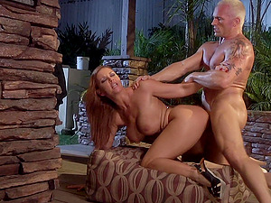 Big-titted blonde mummy Janet Mason luvs leaping on a hard-on outdoors
