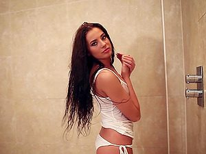 Sexy and raw black-haired princess Klaudia Badura taunts us with her assets