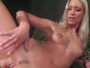 Uma Zex gets a facial cumshot after deep throating a boy in Point of view