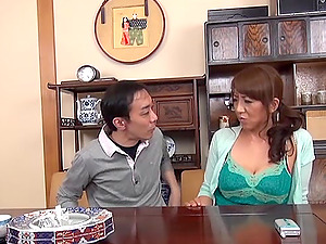 A Japanese mature woman gets her cunt gobbled and fingerblasted