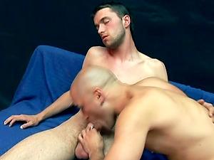 Hot Bald Jock Receives A Nasty And Massive Cum shot Flow