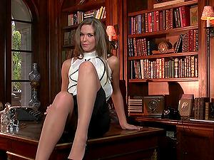 Hot Blonde Fucktoys Her Vagina On The Desk