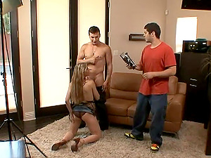 Buxom blonde Harmony Rose gives a terrific oral pleasure to some man