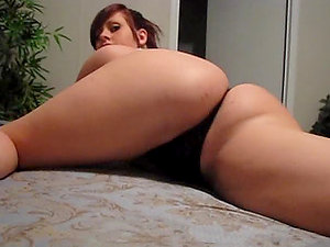 Chubby sexy honey is on her sofa face down and her donk is up.