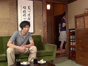 Japanese mom Yuuri Saejima shows her cock-sucking talent