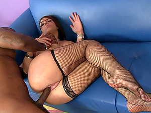 Horny Mummy Pulls Her Fishnet Clad Gams Back and Gets Fucked