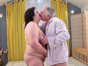 Bad Grandpa Getting His Horny Man rod Ate And Jerked