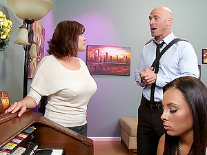 Gianna Nicole is fucked doofy by her lucky piano instructor