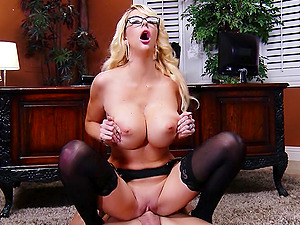 Sexy Cougar Wails While Being Hammered Hard-core In The Office