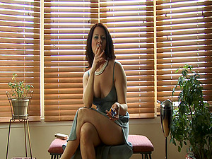 Fledgling Solo Model On High High-heeled slippers Masturbates And Smokes