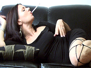 Fetish Loving Mummy Fucks Her Faux-cock and Smokes at the Same Time