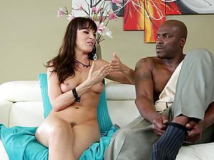 Lexington Steele talks to pretty naked dark-haired Dana Dearmond