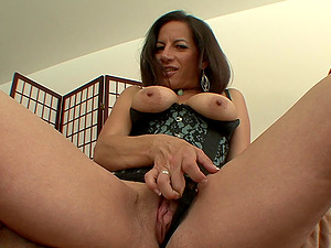 Cougar Loves Facial cumshot Money-shot And Rimjob And Gets Twat Ravaged