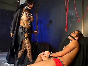 Foot worship Shemale In High High-heeled shoes Doing Her Taunt Indoors