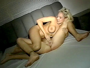Gorgeous Lezzie Cougar Getting Her Taut Vagina Feasted Using Playthings