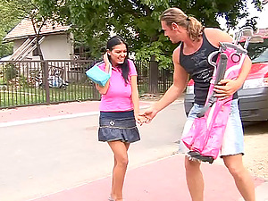 Sexy porno beauty Jasmine Black gets fucked after a golf have fun