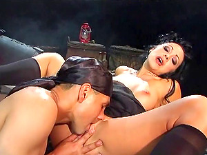 Angelic Black-haired With Natural Tits Wails While Her Labia Is Slurped