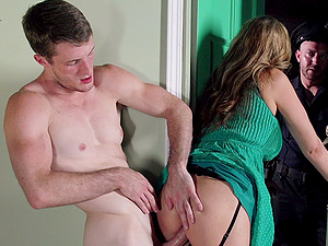 Hot Donk Julia Ann Gets Screwed In A Xxx MMF Threesome