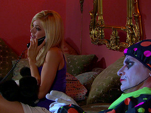 Crazy Flick of sex industry star Riley Steele getting fucked by a clown