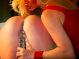 Engaging blondes Jana Cova and Lena frolicking each other's cunts