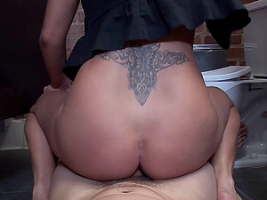 Tattooed cowgirl in jeans getting her smoothly-shaven vulva slammed in restroom