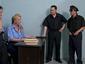 Female cops Jocelyn and Lucky Starr give fellatios to co-workers
