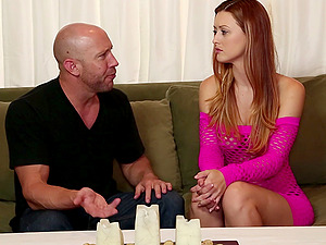 A sexy rubdown therapist uses her arms and mouth to make him spunk