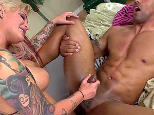 Nice culo pornography beauties treat man rod a hot and nasty oral job