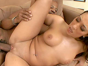 A strung up black dude makes Leona Dulce lose her mind on his dick