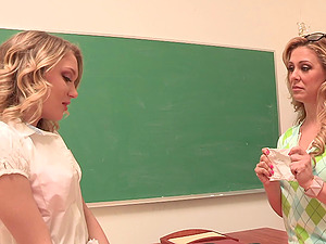 Lecturer fucktoy fucks the asshole of her sexy lezzy student