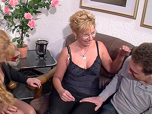 Stocking-clad granny with glasses loving a mind-blowing threesome