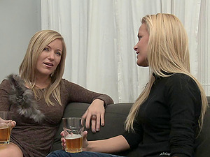 Dia Zerva and Sophie Moone fuck like wild with a strapon