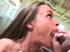 Tattooed unexperienced wails as her snatch gets spread with a thick boner